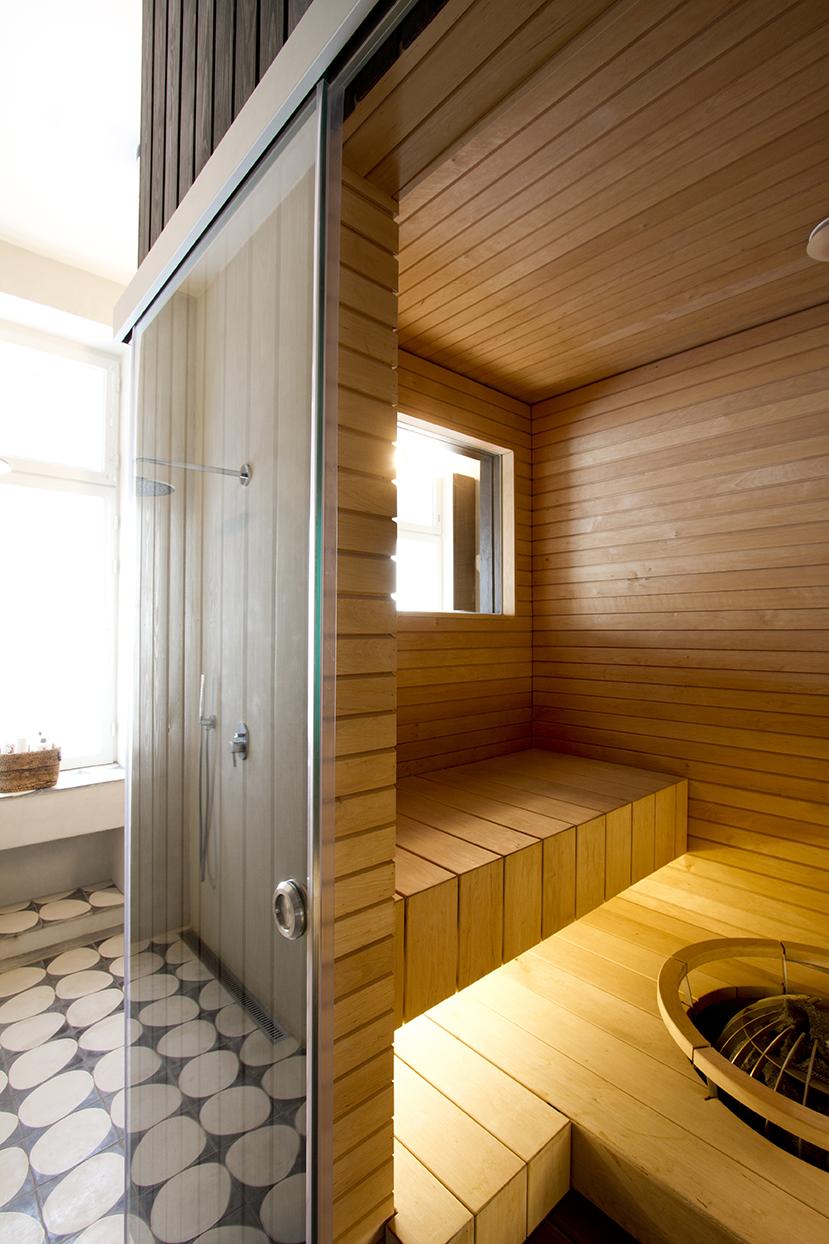 minisauna kylpyhuoneessa